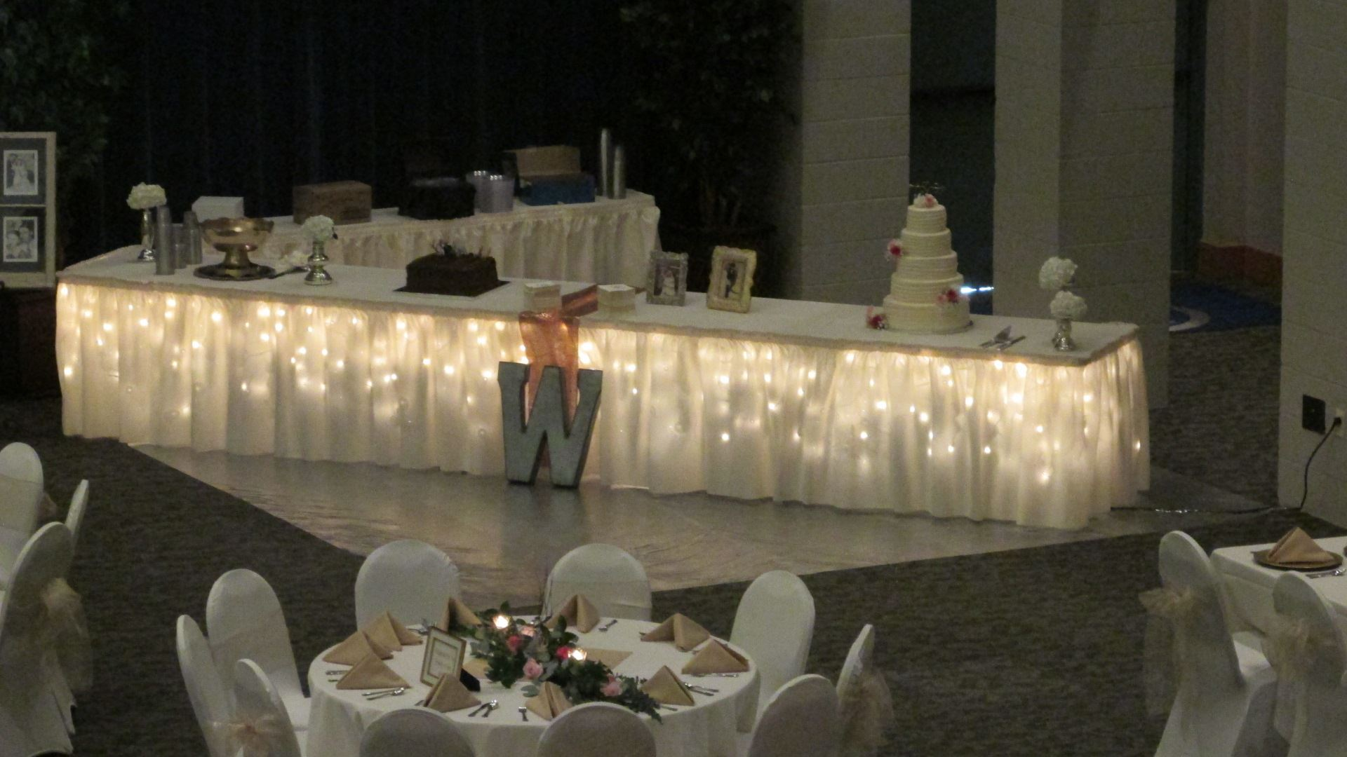 Long Cake Table2